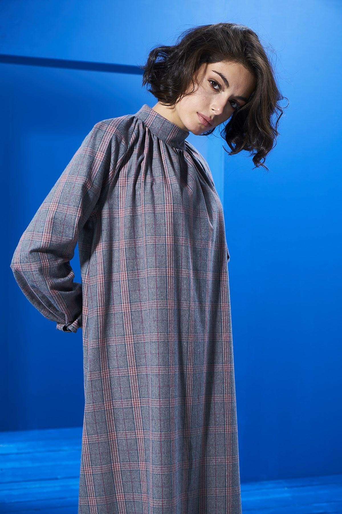 Mevra - Ekose Büzgülü Elbise