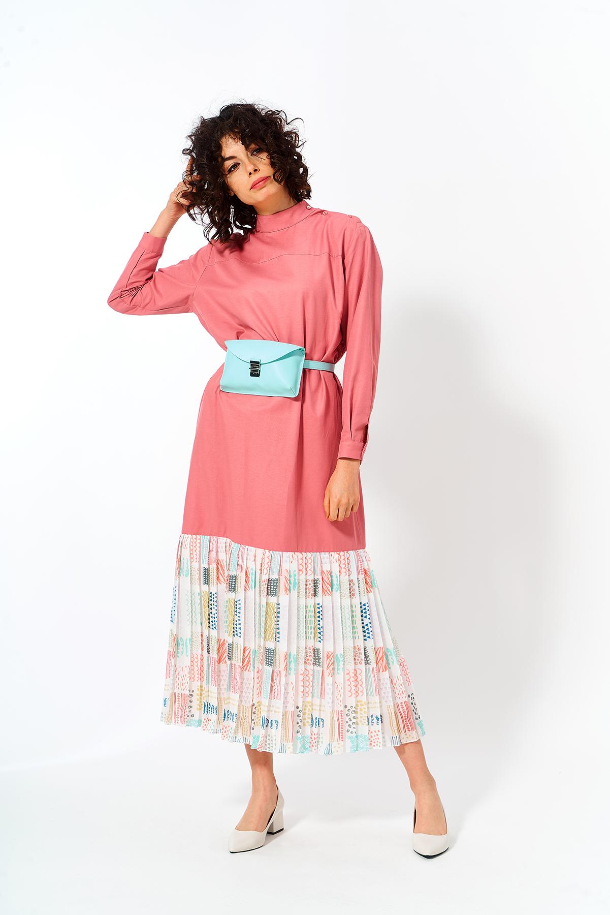 Mevra - Eteği Pliseli Elbise Pudra
