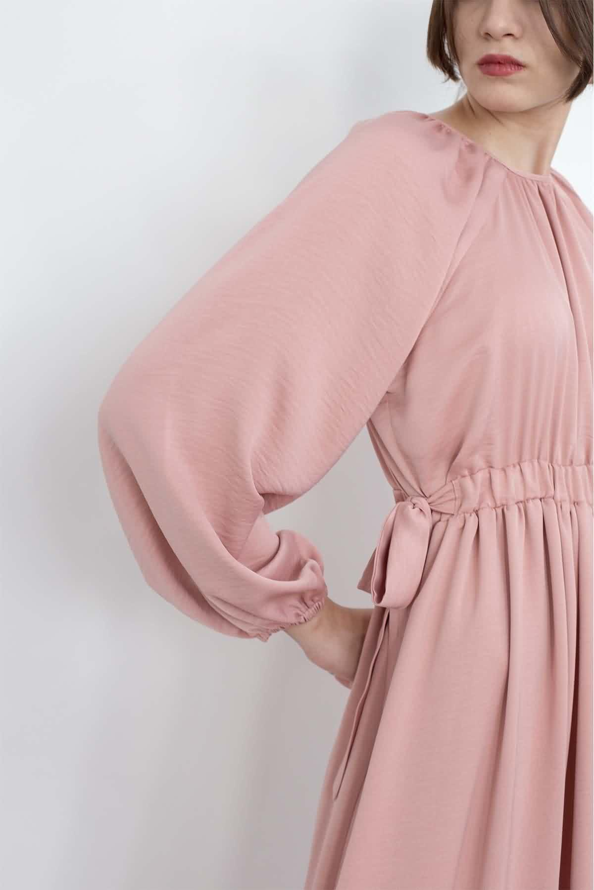 Mevra - Kuşaklı Elbise Pudra