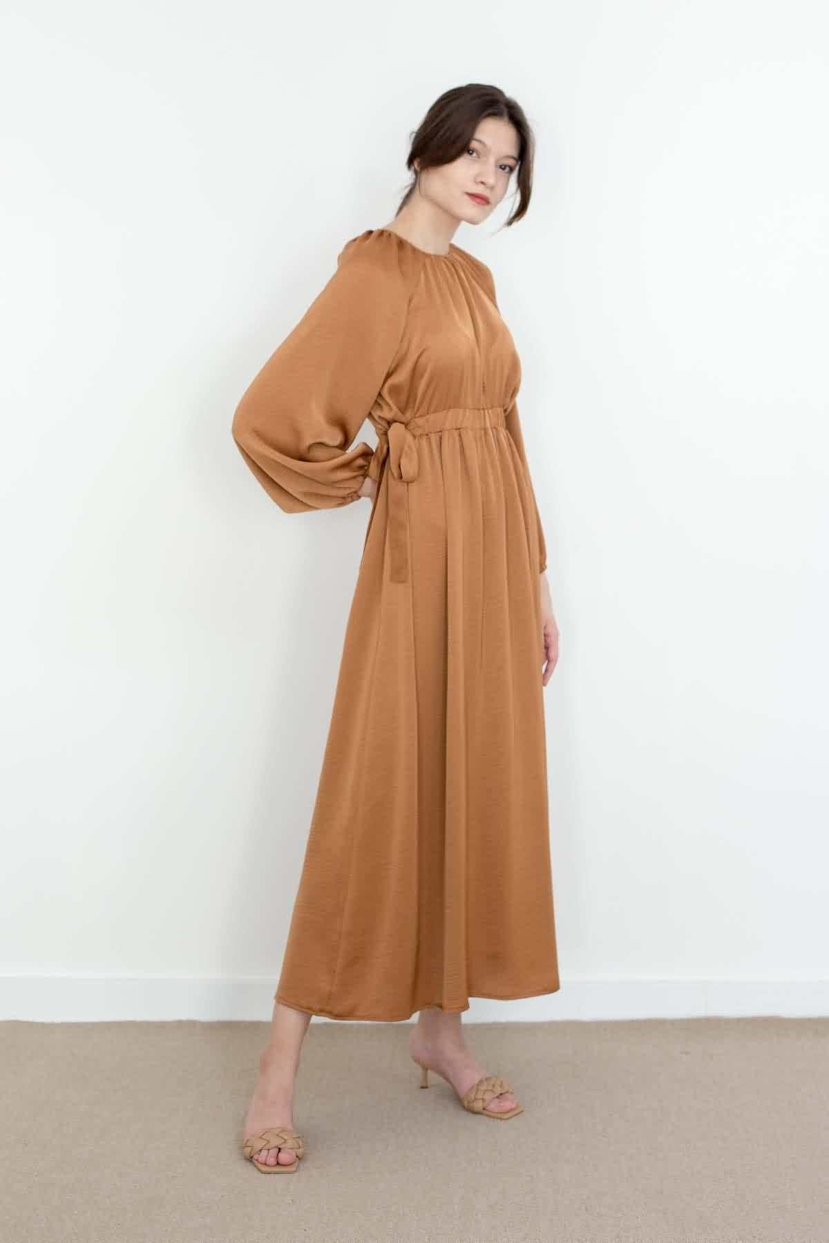 Mevra - Kuşaklı Elbise Toffee