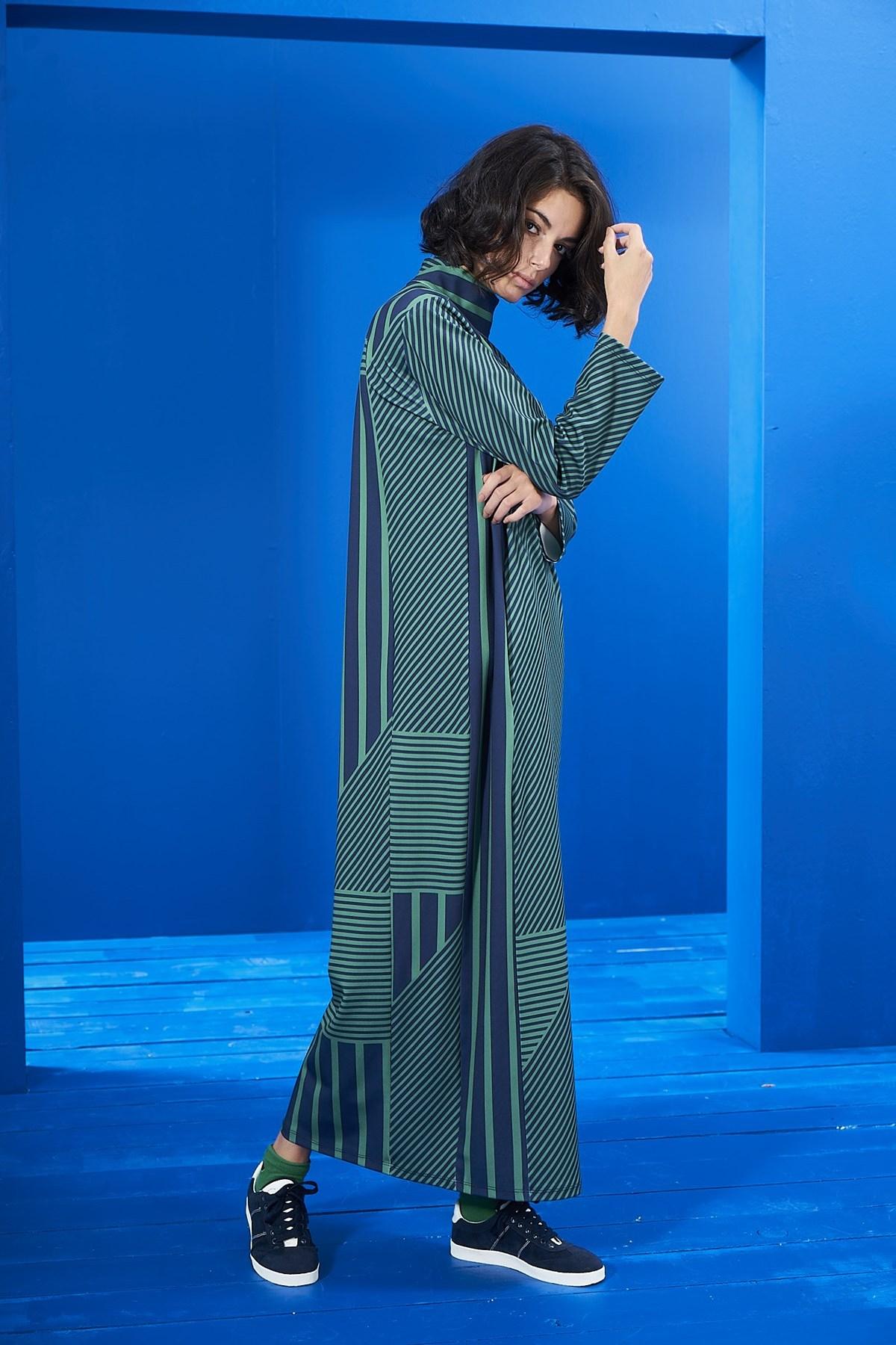 Mevra - Lacivert-Yeşil Çizgili Elbise