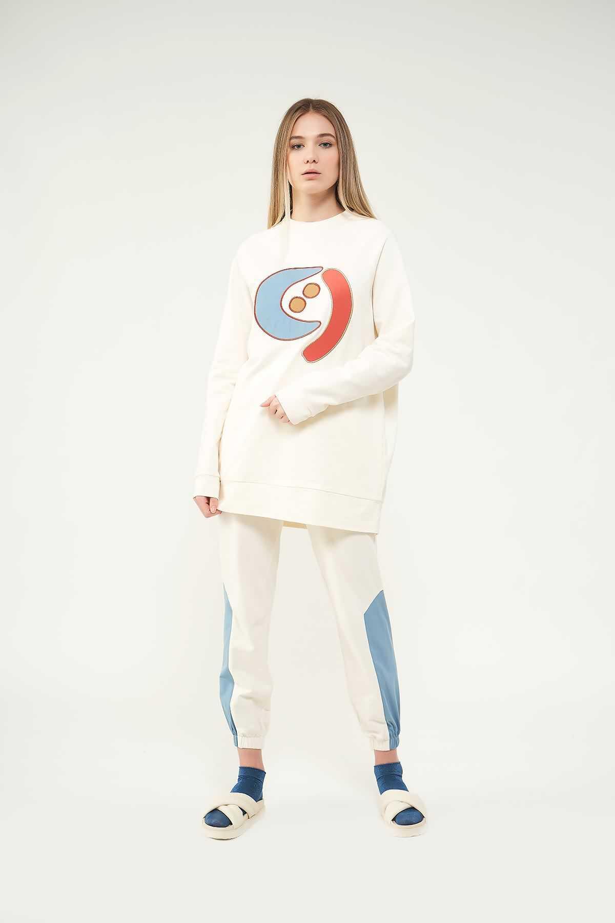 Mevra - Nakışlı Sweatshirt N2 Mavi