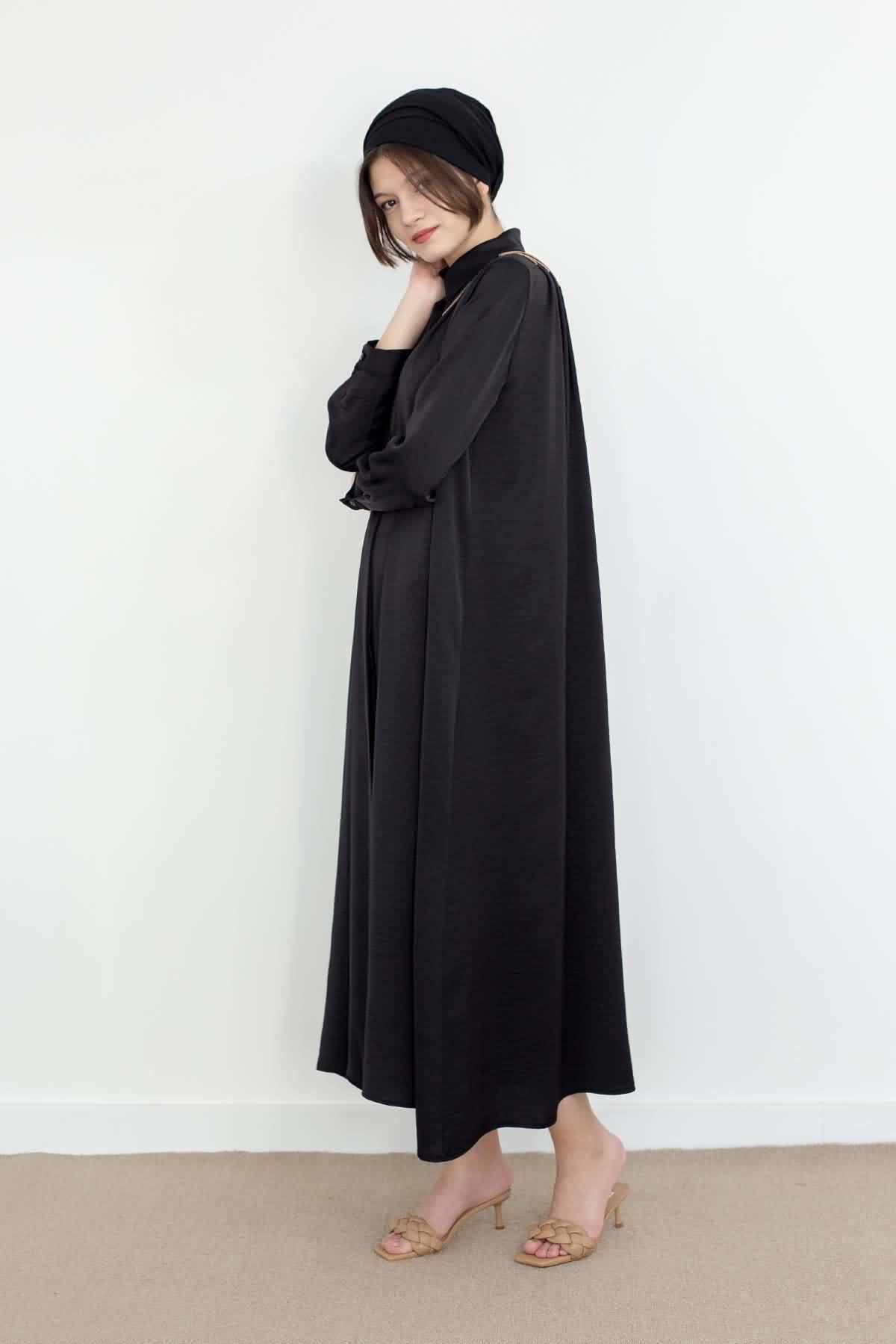 Mevra - Omzu Pileli Elbise Siyah