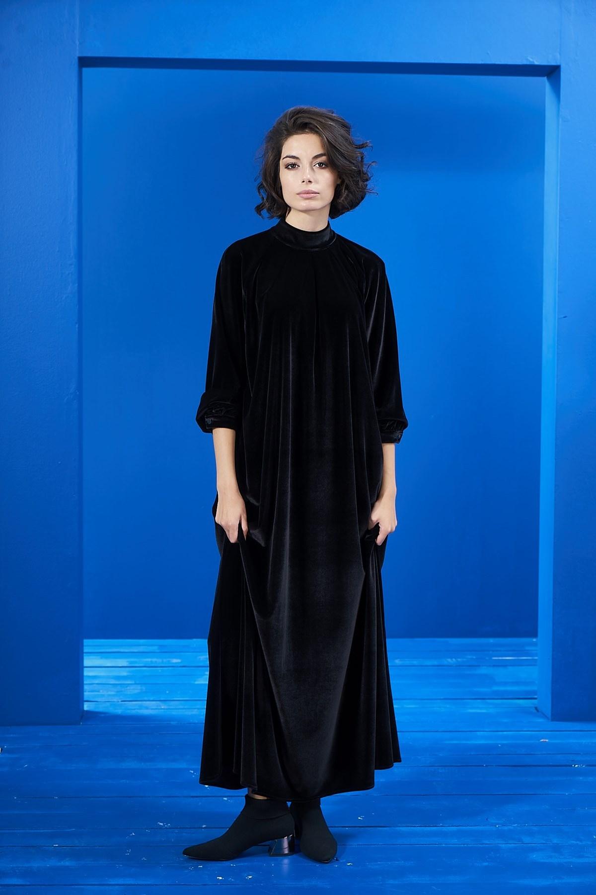 Mevra - Siyah Kadife Elbise