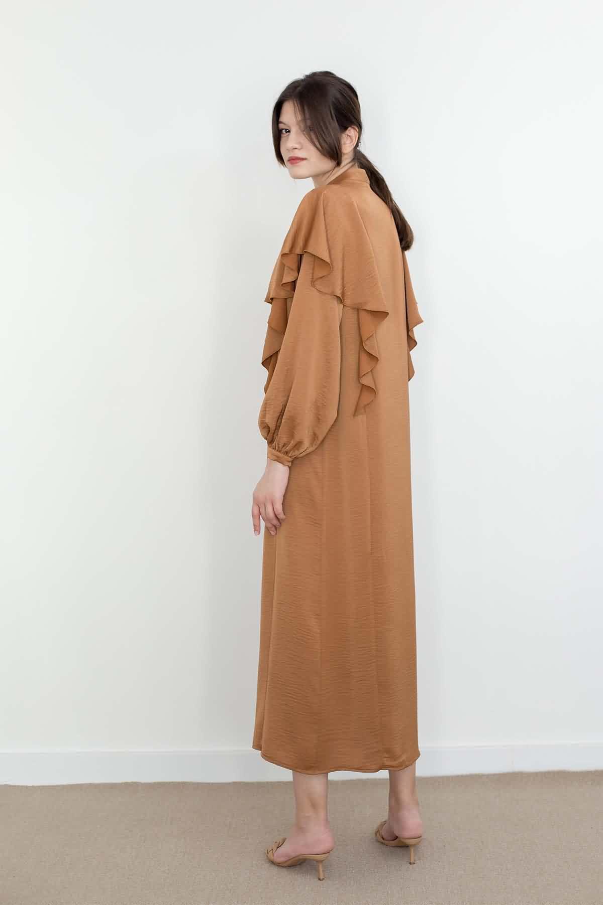 Mevra - Volanlı Elbise Toffee